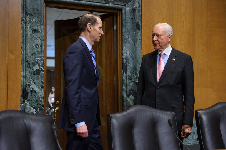 Hatch, Wyden Welcome Reports from Bipartisan Tax Working Groups