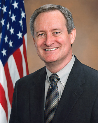 Ranking Member Mike Crapo official press photo
